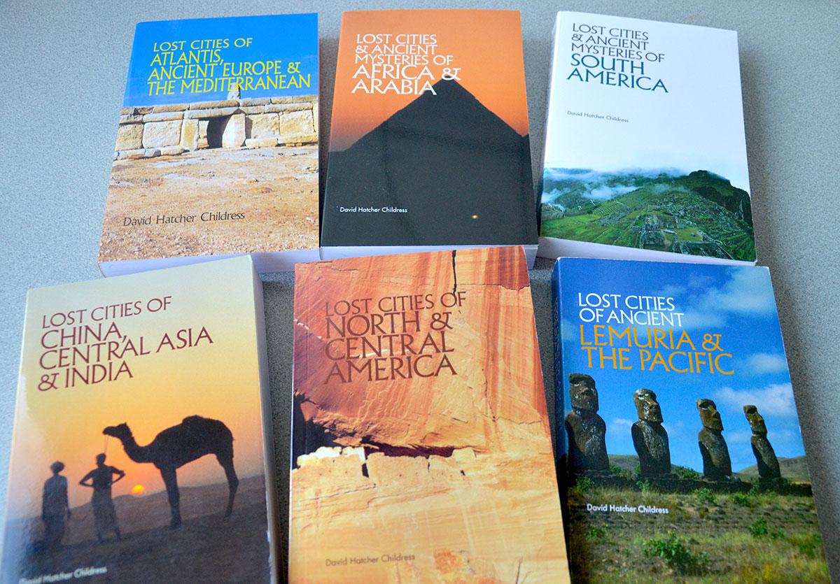 Bøger om historiske og mystiske steder