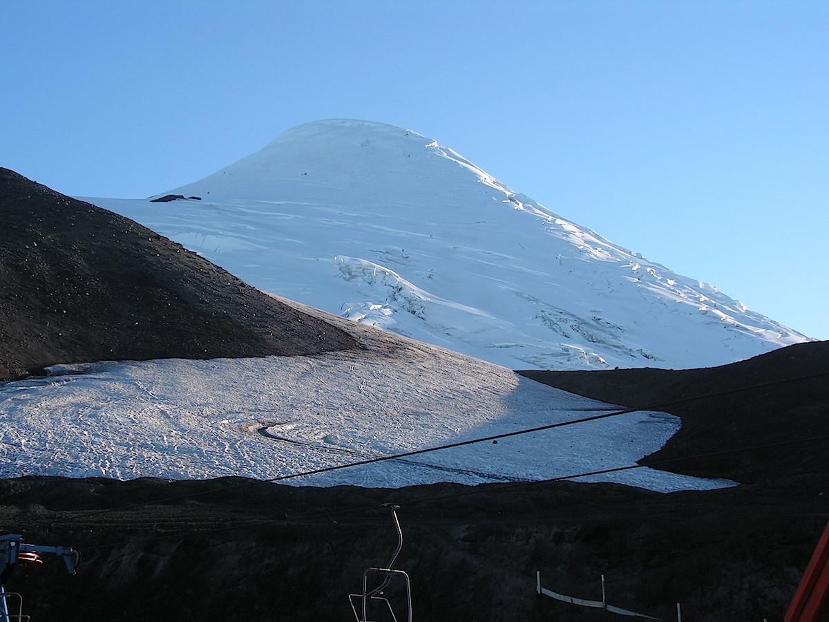 Osorno vulkanen i det spæde morgenlys