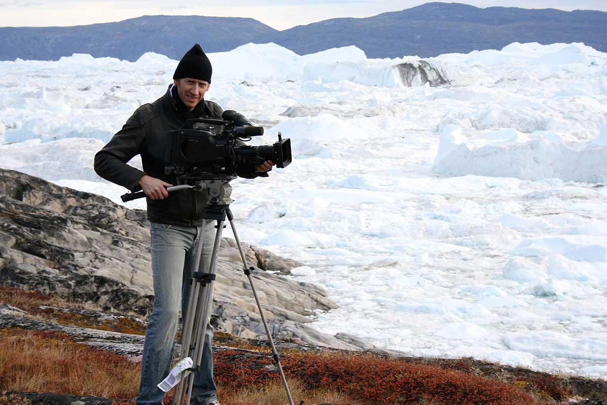 Filmoptagelser i Illullisat isfjord på Grønland