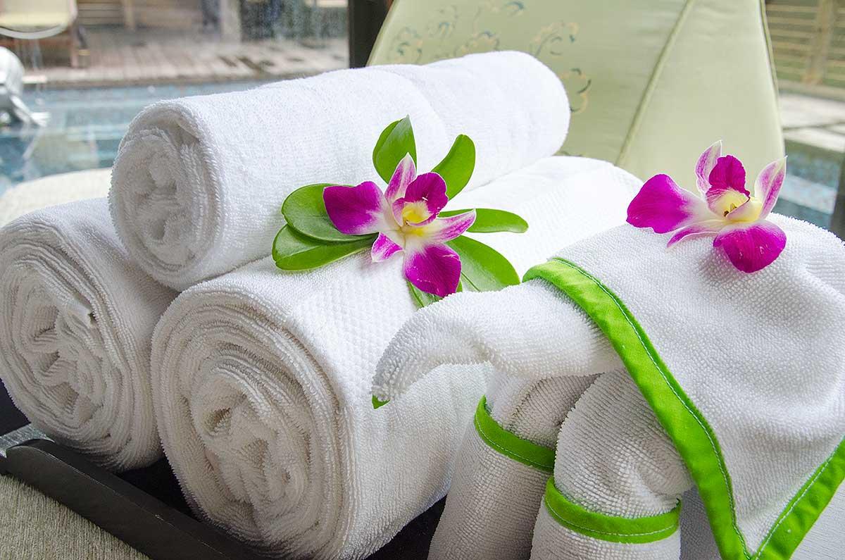 Håndklæder på Anantara Maoi Khao Hotel, Phuket