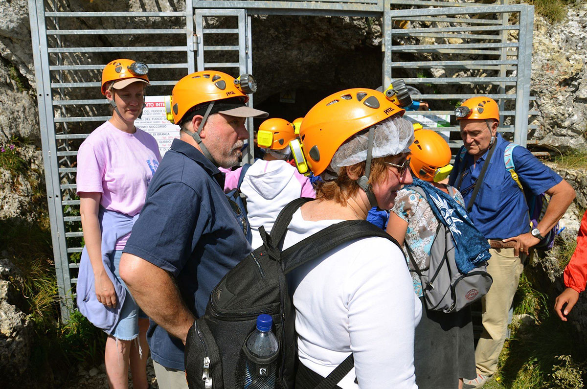 Inden-nedstigningen-til-grotten,-hvor-vi-blev-gift-i-2011