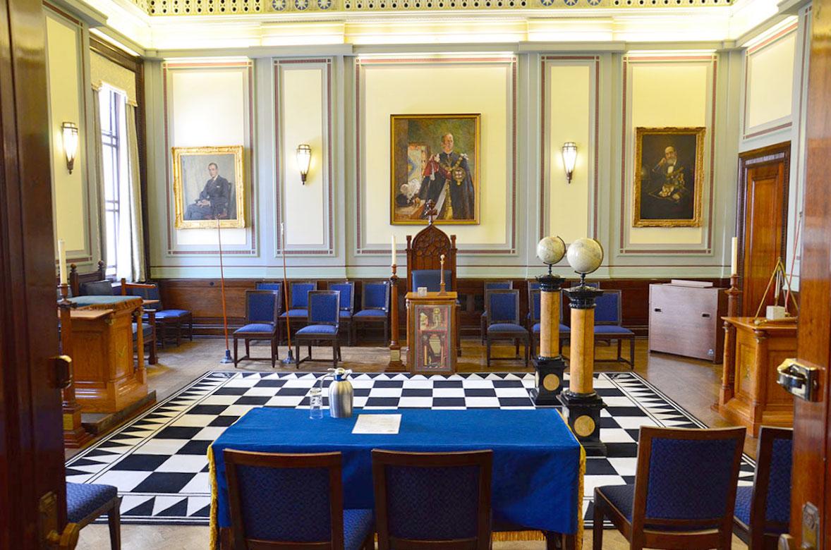 Logesal-i-freemasons-Hall-i-London