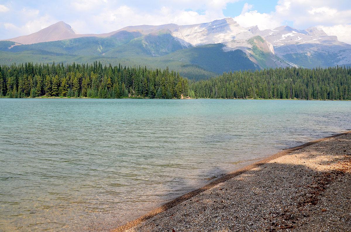 Maligne Lake er et godt sted at tage på vandretur
