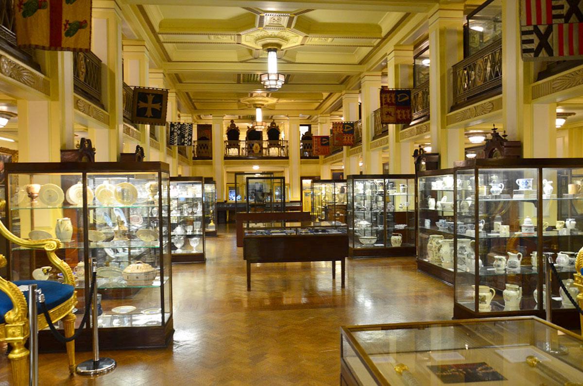 Museet-i-Freemasons-Hall-i-London