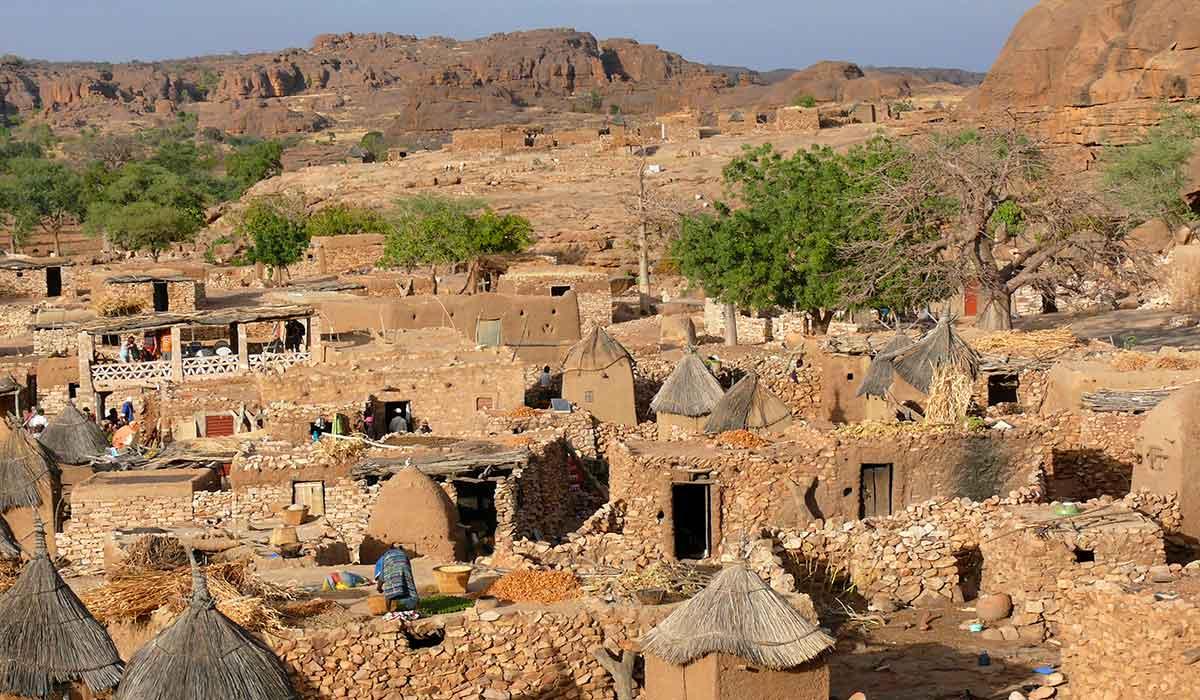 Mystik og menneskeofringer - på eventyr i hjertet af Vestafrika