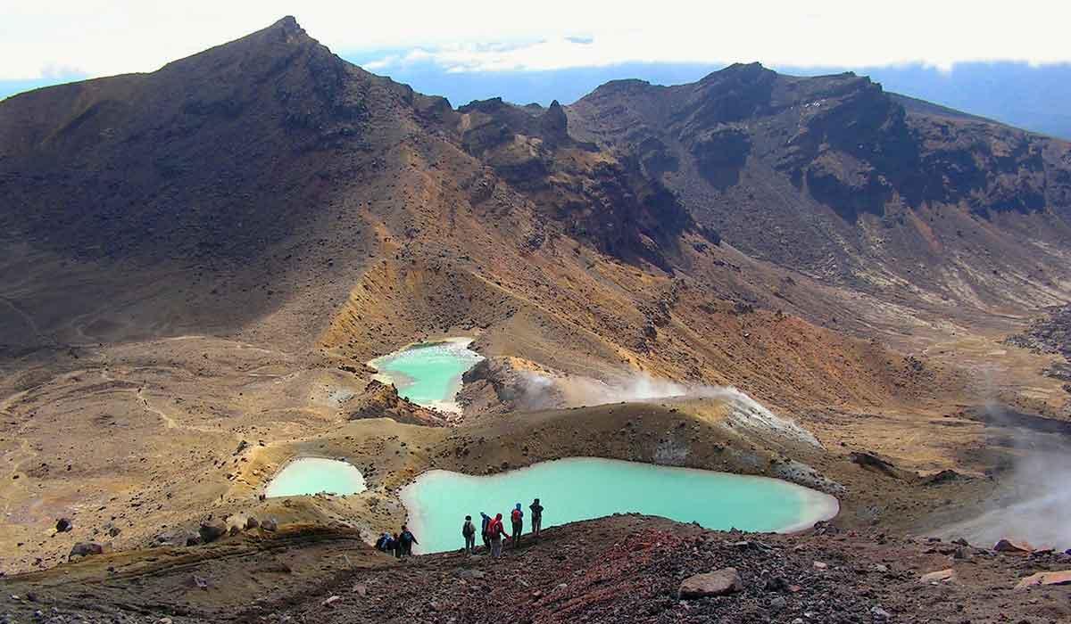 New Zealand, Tongariro Nationalpark, Smaragdgrønne kratersøer