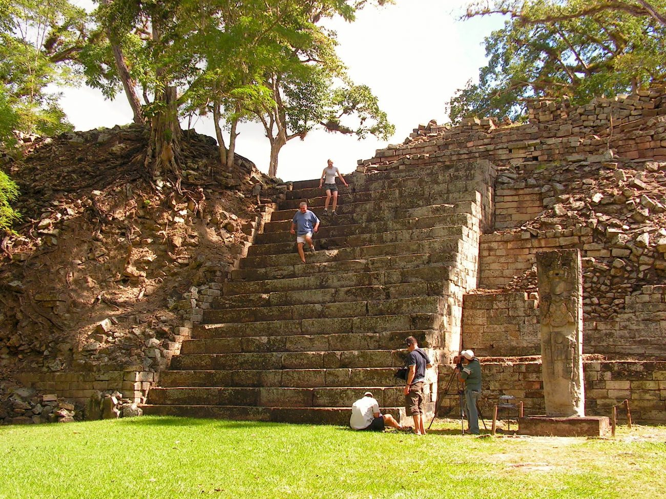 Trappepyramide i maya-ruinen Copán i Honduras