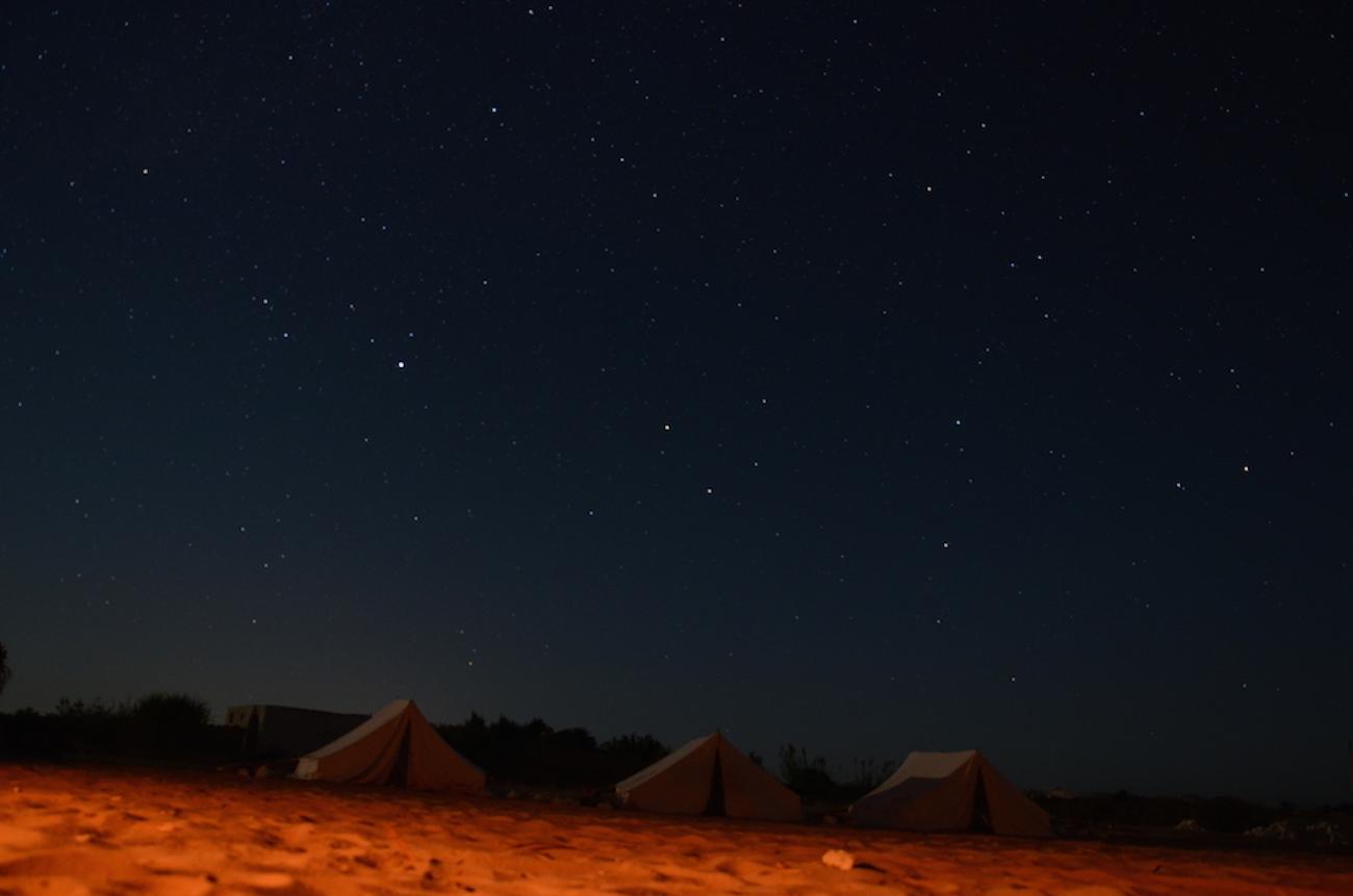 Stjernehimlen over ørkener er helt unik, fordi der næsten ingen lysforurening er og med et rigtig indstillet kamera kan man tage de vildeste billeder. Foto: Osama Nasef