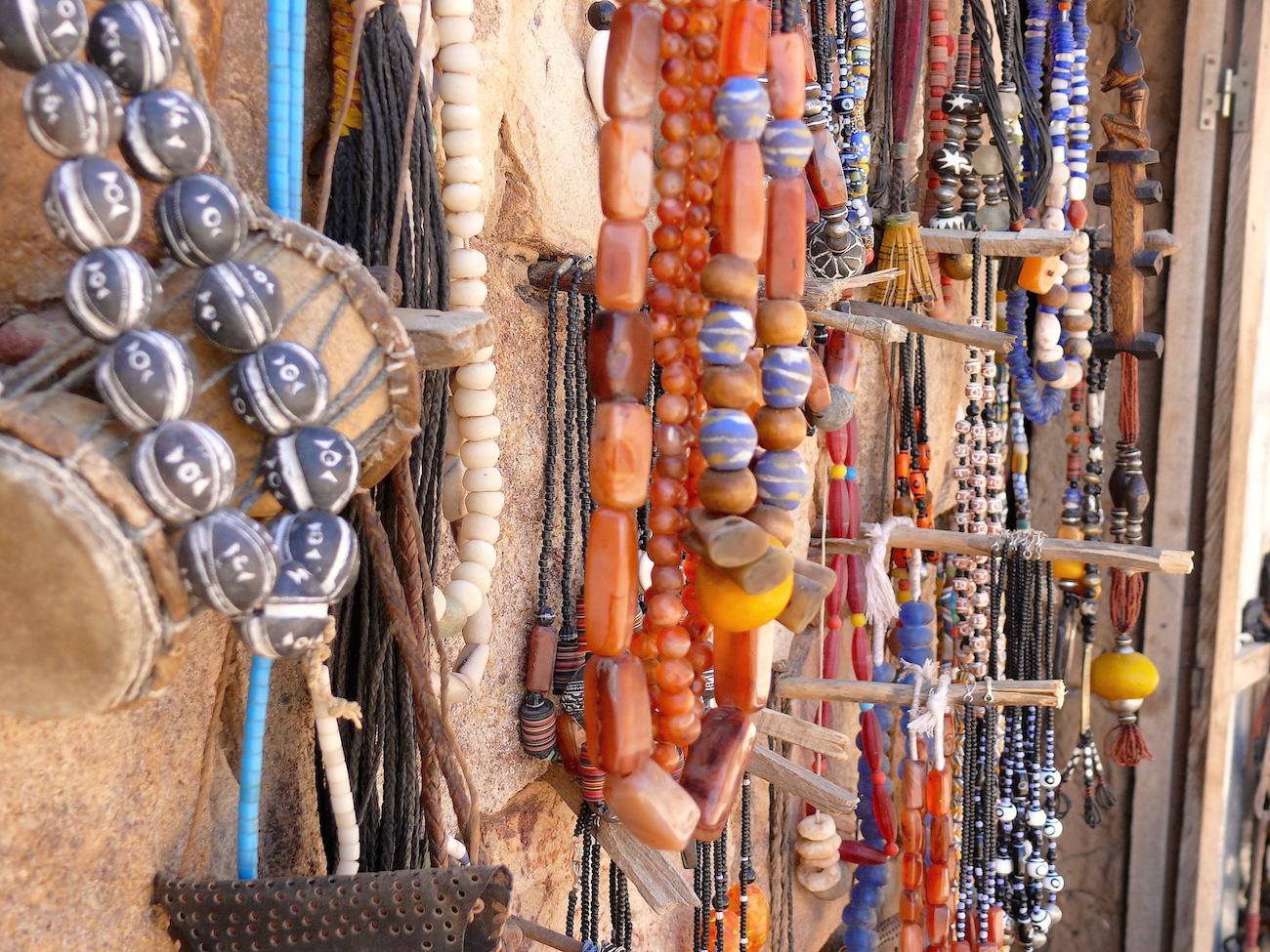 Smukke perlesmykker fra Mali i Vestafrika